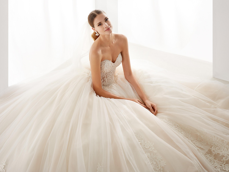 NICOLE SPOSE Milano kollekció menyasszonyi ruha: AUAB191006