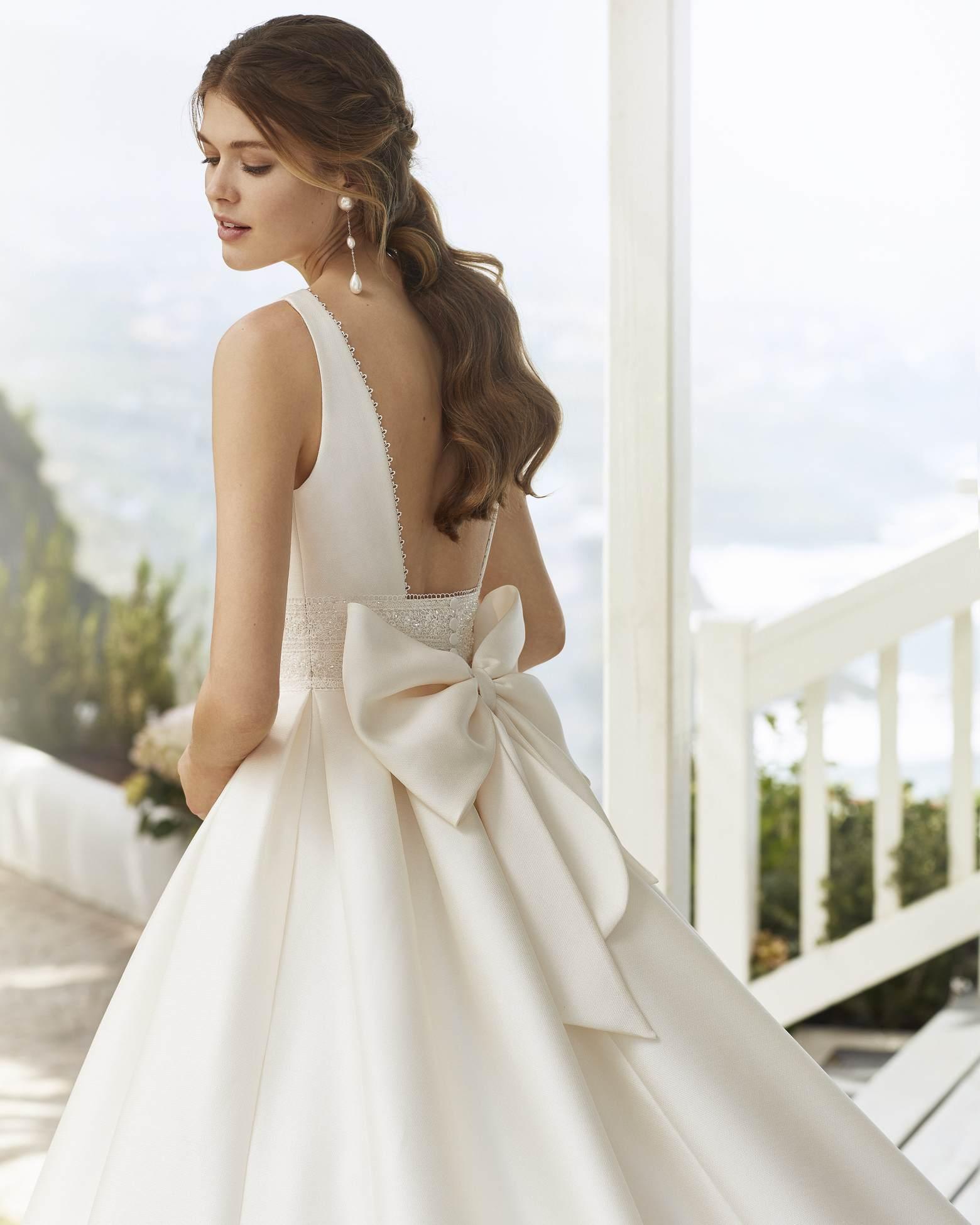 Rosa Clará 2021 menyasszonyi ruha: Cabak