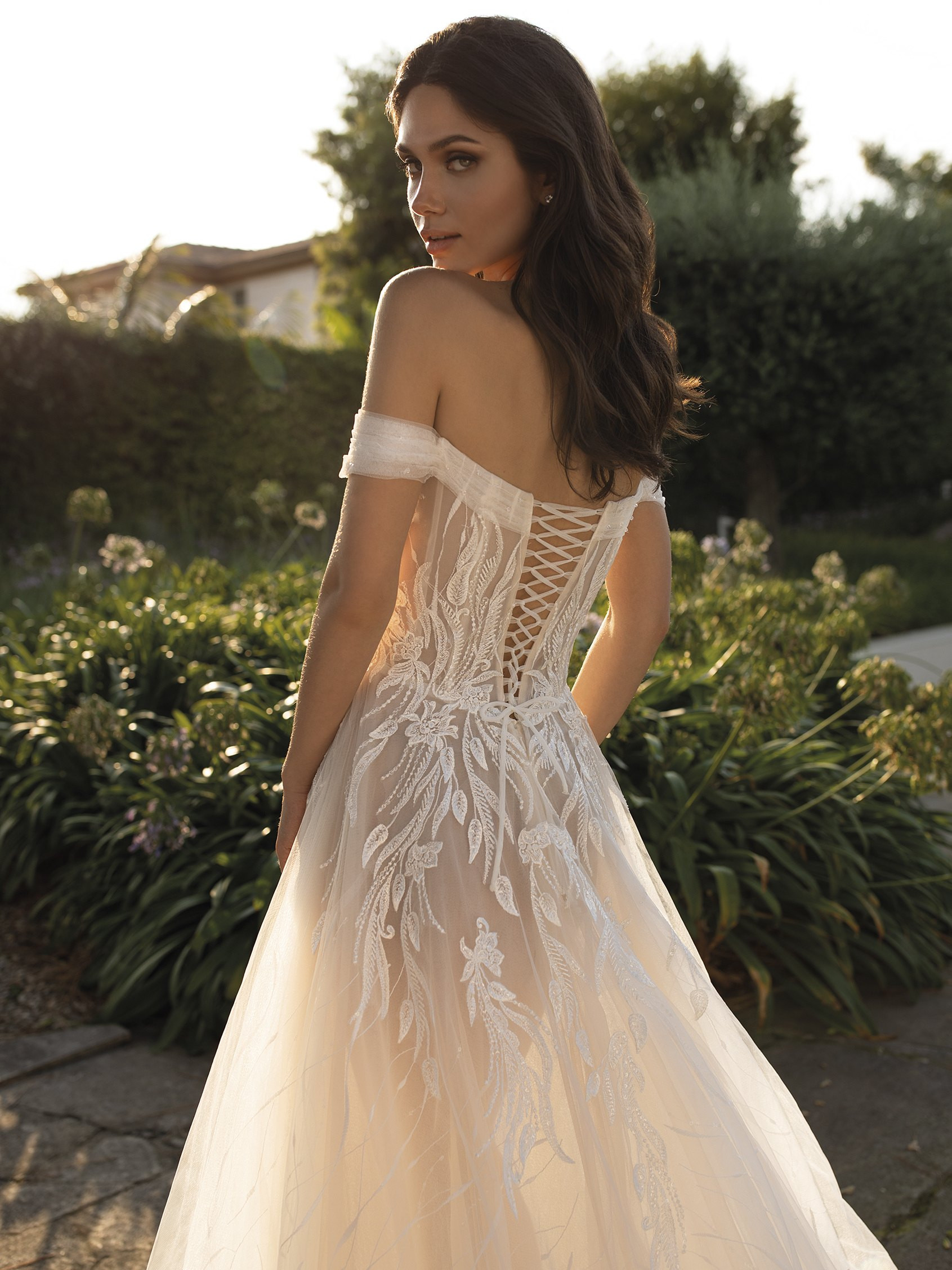 Pronovias 2021 menyasszonyi ruha: Cloe
