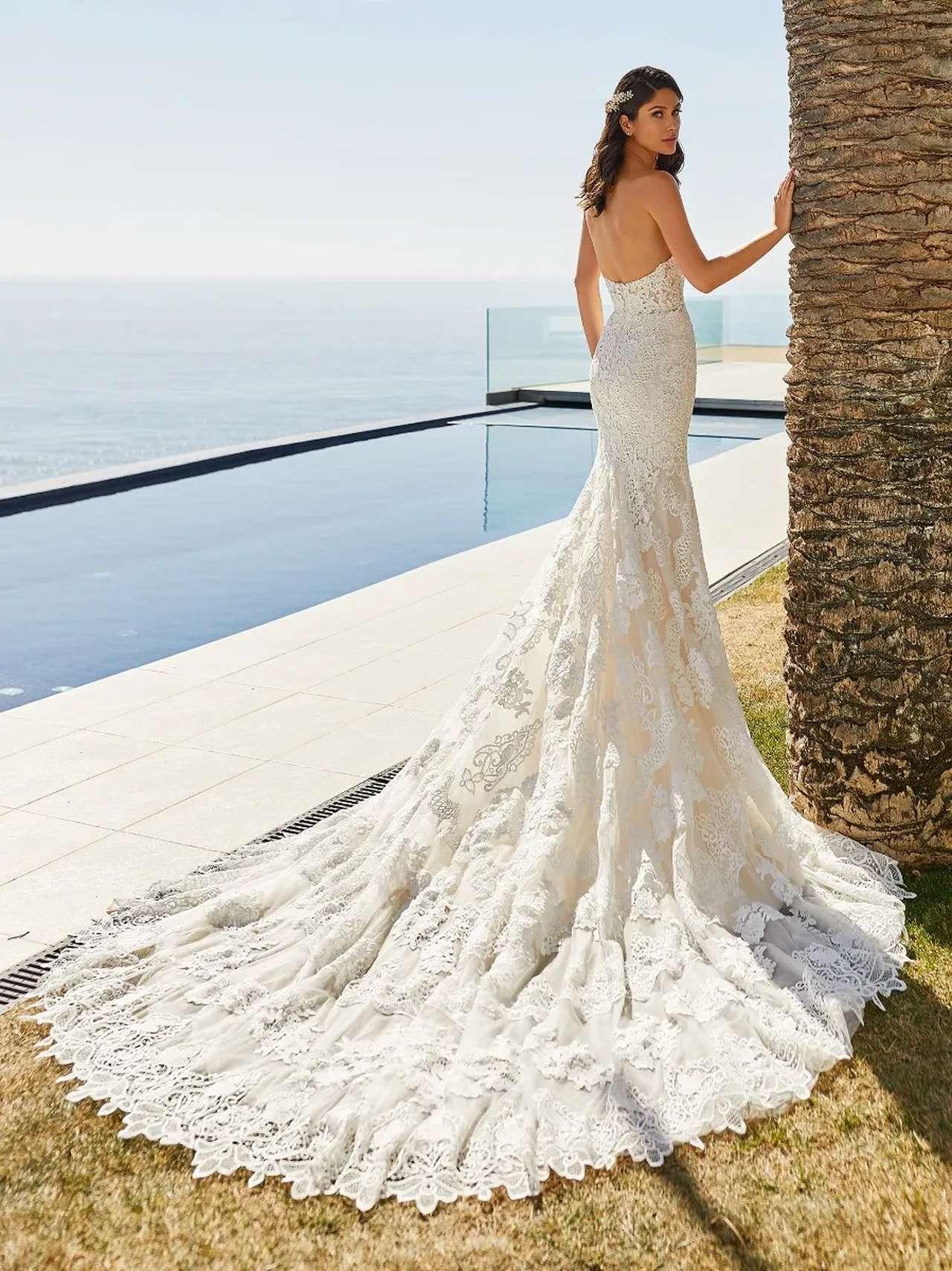 Desi esküvői ruha - Pronovias 2021