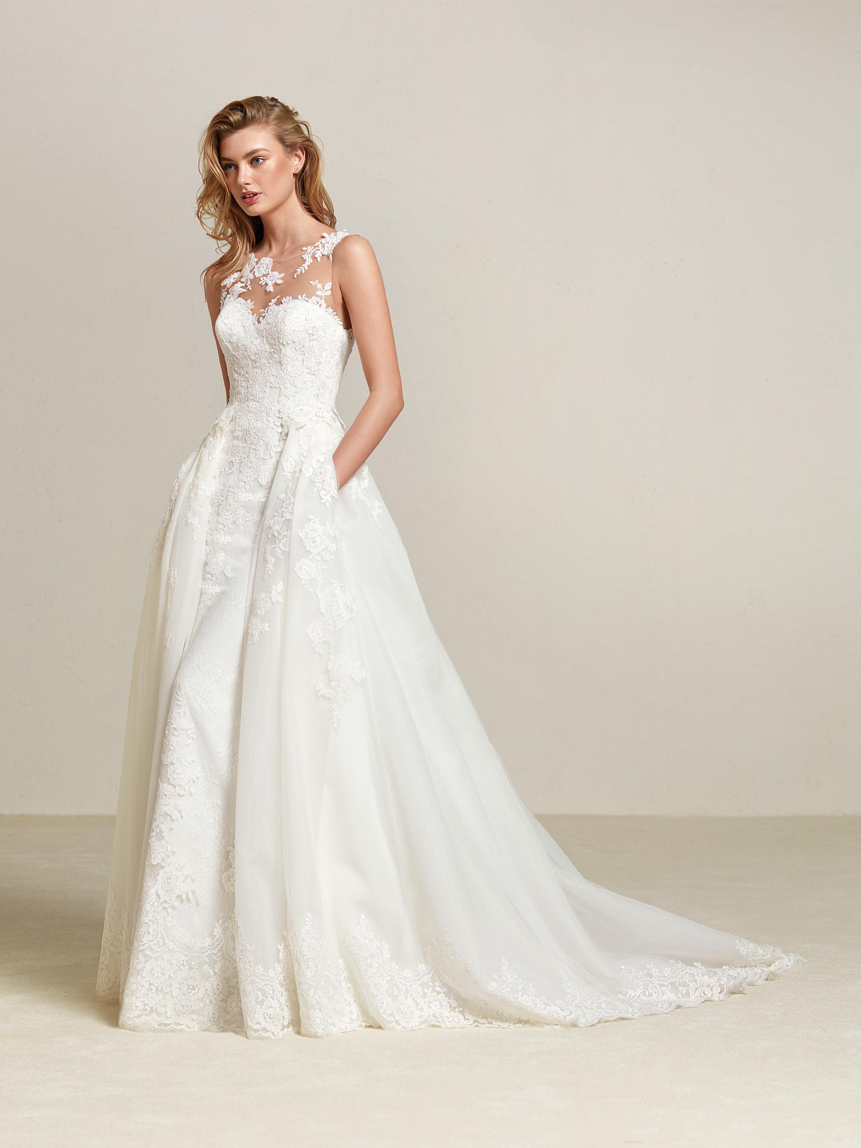 c12a73decf Drum, Pronovias 2018 - esküvői, menyasszonyi ruha kölcsönzés, vásárlás