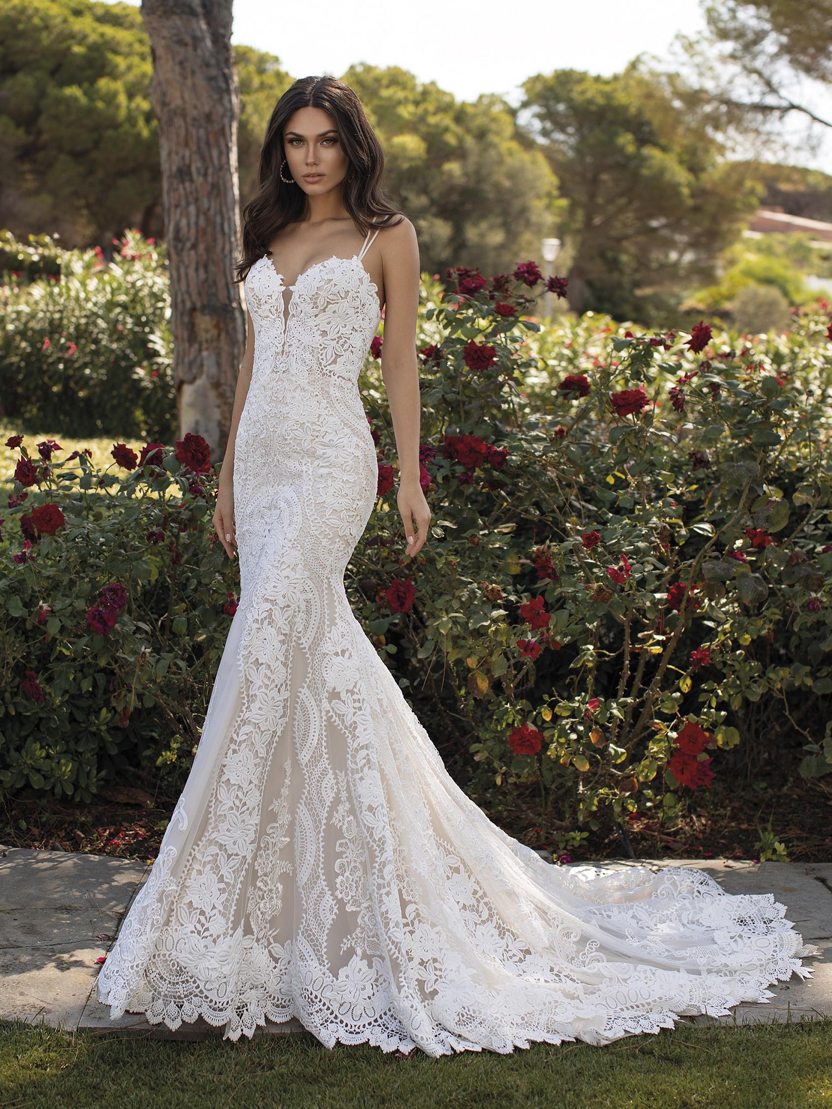 Floriana menyasszonyi ruha - Pronovias 2021