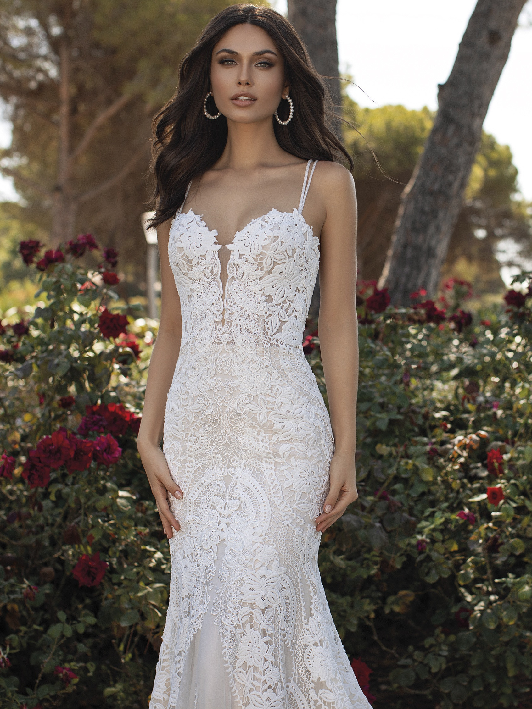 Pronovias 2021 esküvői ruha: Floriana