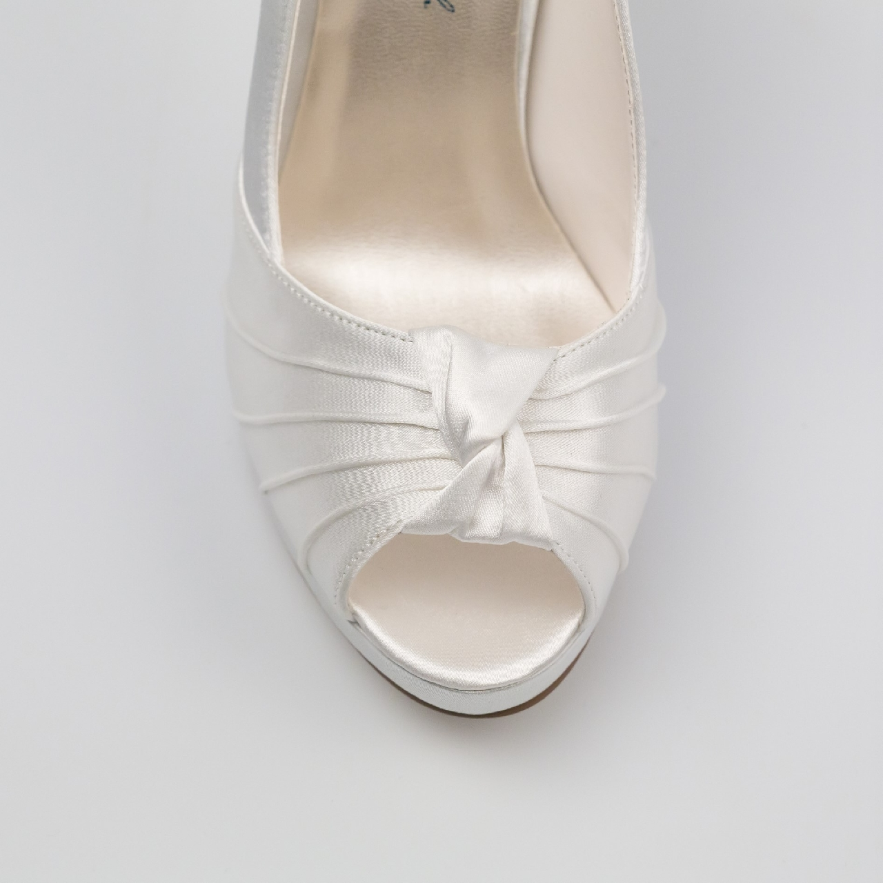 Esküvői Cipő menyasszonyi ruha: Gina