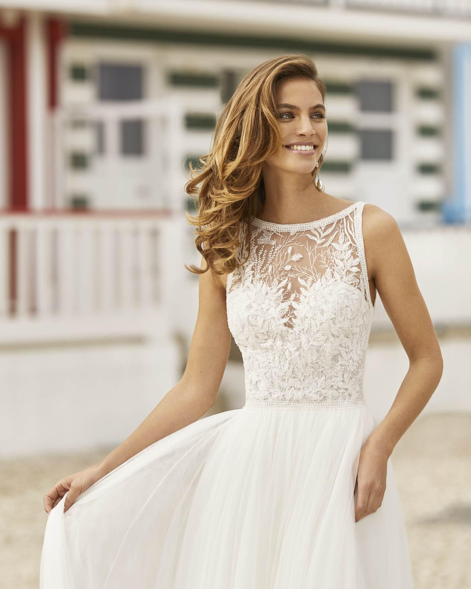 Rosa Clará 2021 menyasszonyi ruha: Haniel