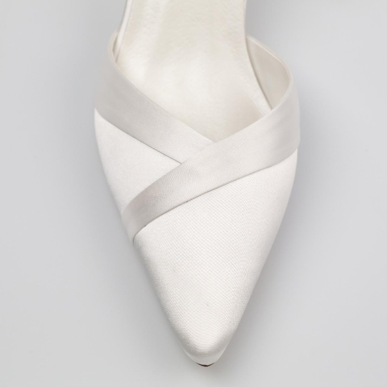 Esküvői Cipő menyasszonyi ruha: Julia