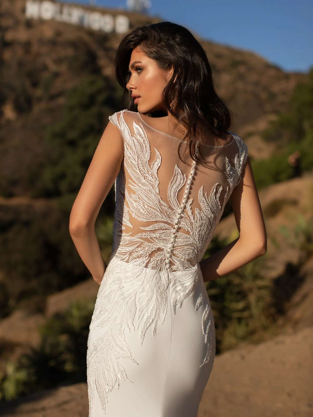 Pronovias 2021 esküvői ruha: Ladd