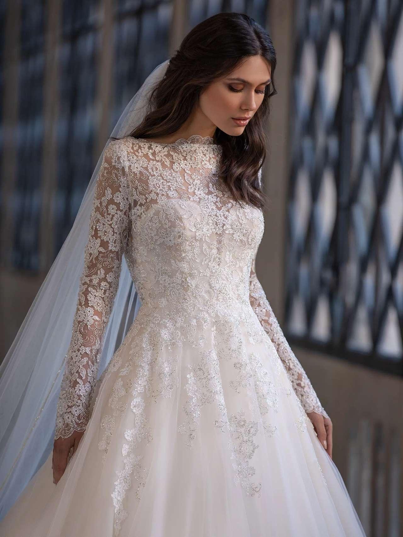 Landis esküvői ruha - Pronovias 2021