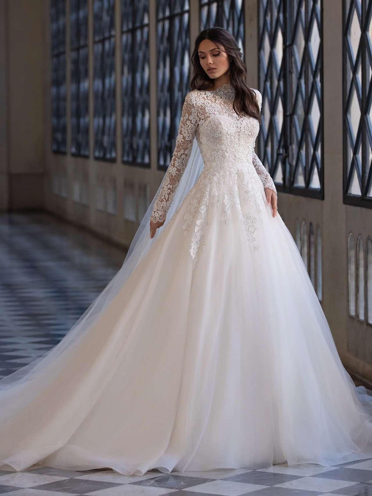 Pronovias 2021 esküvői ruha: Landis