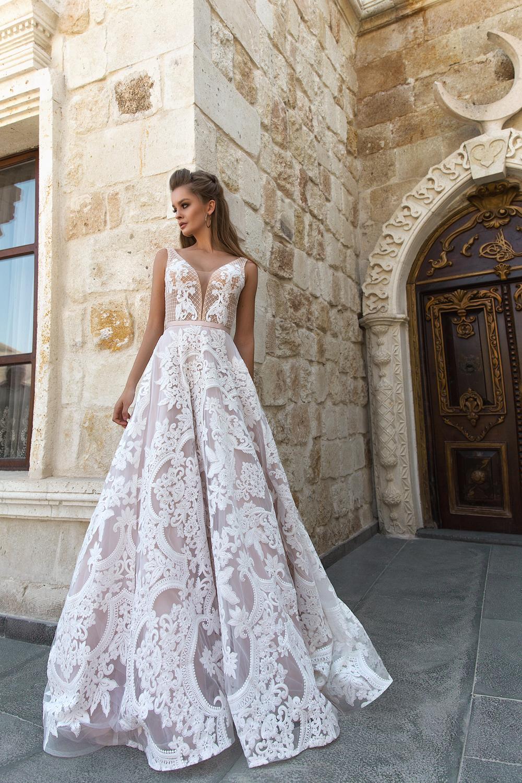 Eva Lendel menyasszonyi ruha: Luisa
