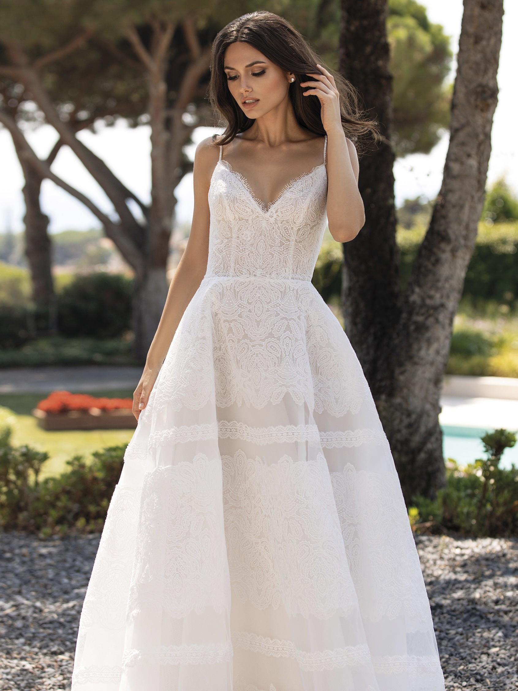 Pronovias 2021 esküvői ruha: Rossana