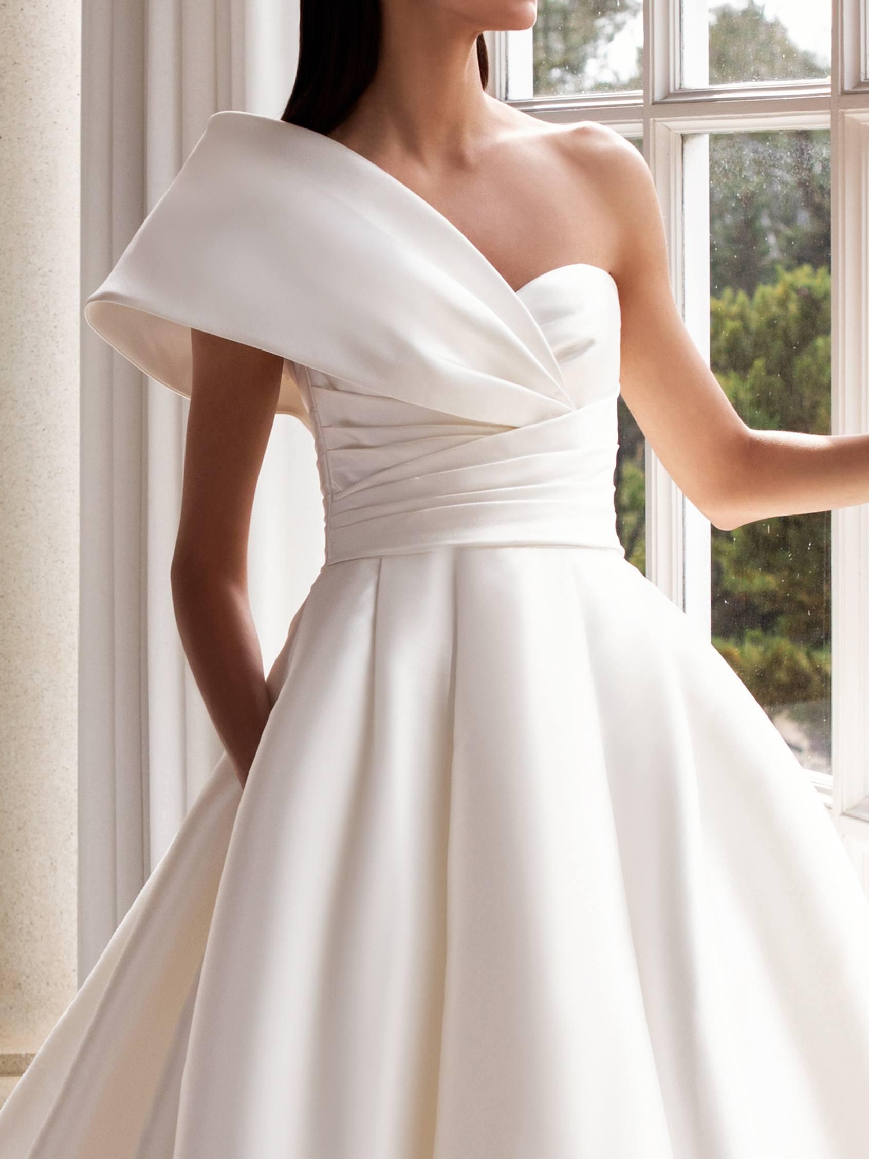 Pronovias 2021 menyasszonyi ruha: Sedna