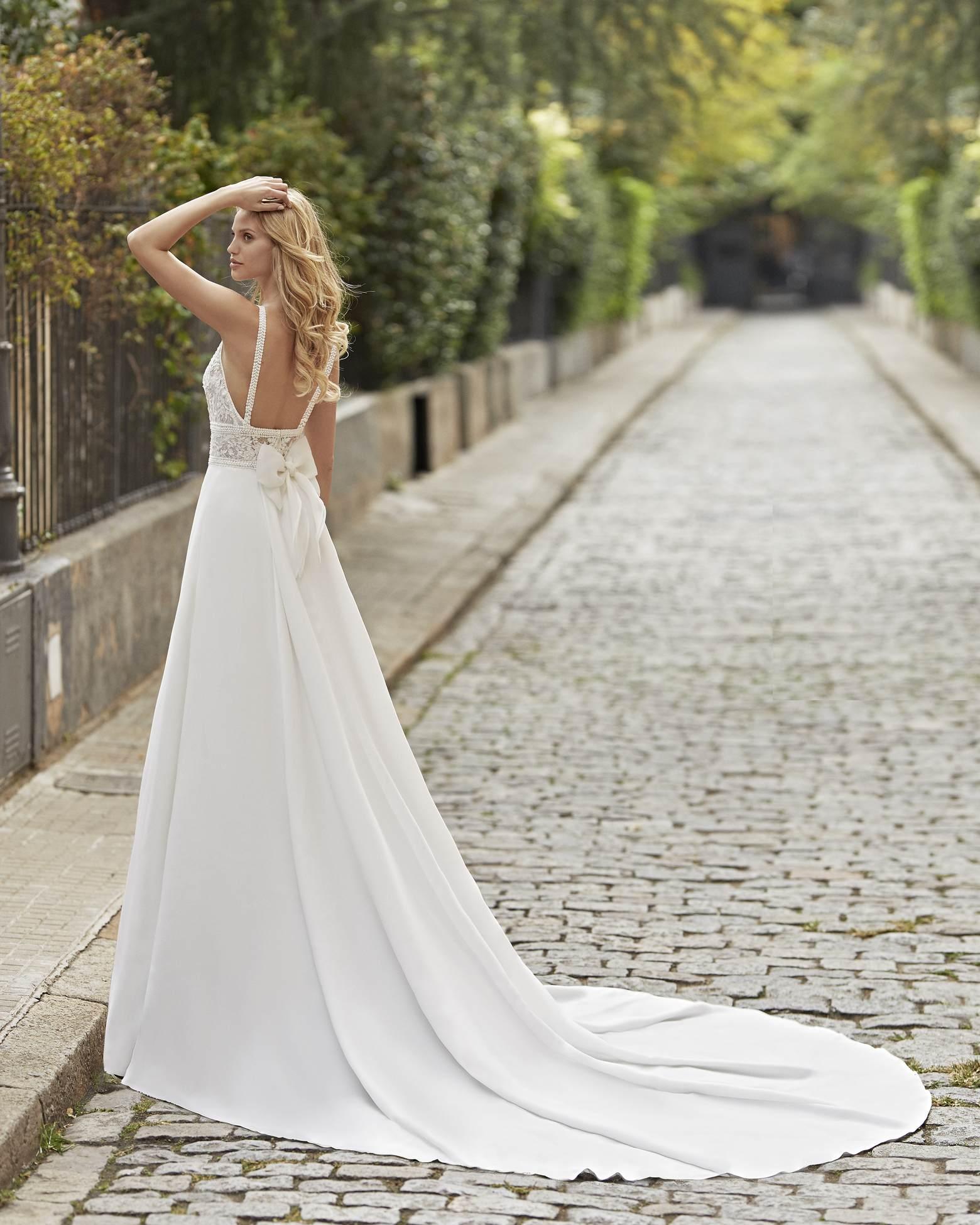 Tanos esküvői ruha - Rosa Clará 2021
