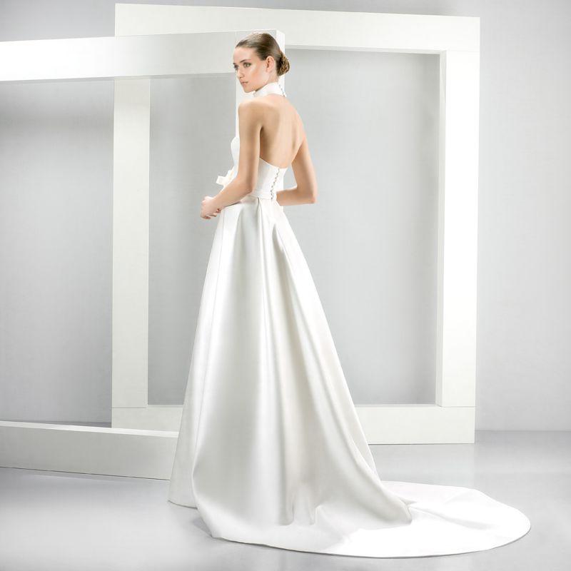 Jesus Peiro Perfume Collection 2015 - La Mariée esküvői ruhaszalon Budapest: 5079 eskövői ruha