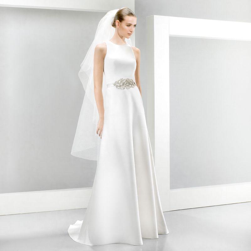 Jesus Peiro Perfume Collection 2015 - La Mariée esküvői ruhaszalon Budapest: 5081 menyasszonyi ruha
