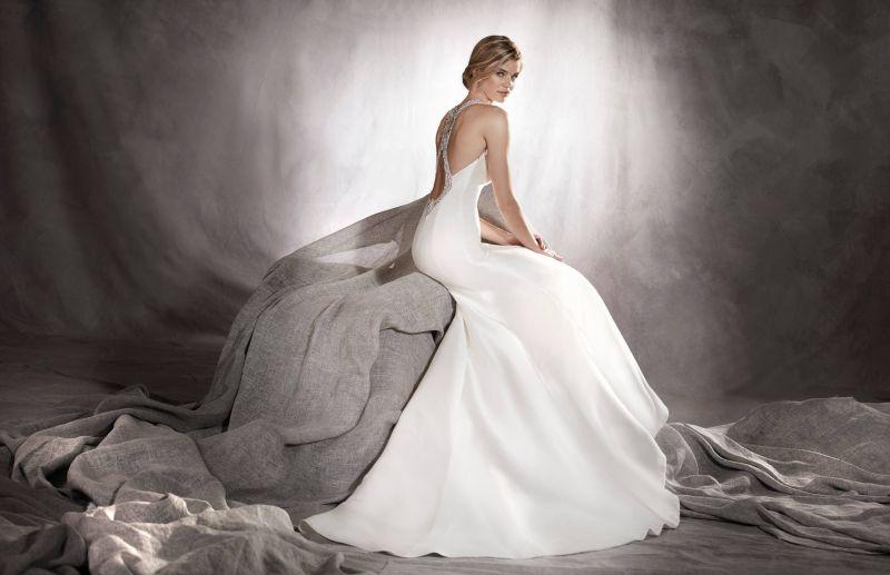 Pronovias 2018 menyasszonyi ruha kollekció: Agnes menyasszonyi ruha