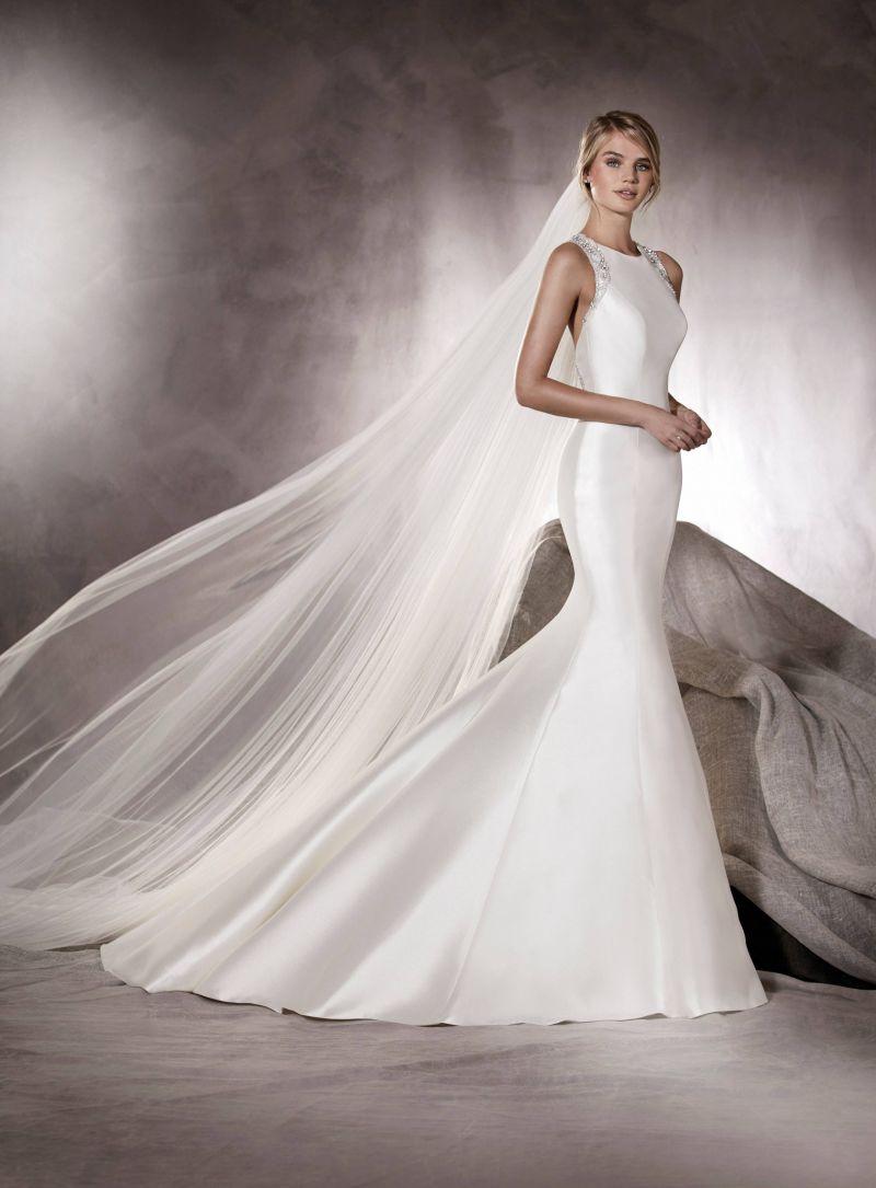Pronovias 2018 menyasszonyi ruha kollekció: Agnes eskövői ruha