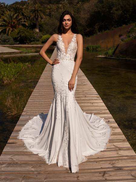 Esküvői ruha bérlés, vásárlás – Pronovias 2021-es kollekció: Alcyone menyasszonyi ruha