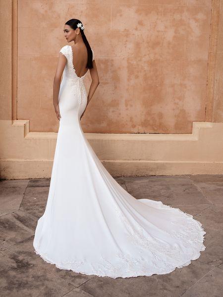 Esküvői ruha bérlés, vásárlás – Pronovias 2021-es kollekció: Anitra eskövői ruha