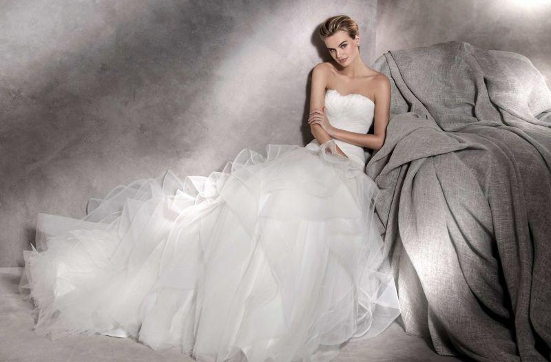 Pronovias 2018 menyasszonyi ruha kollekció: Asha menyasszonyi ruha