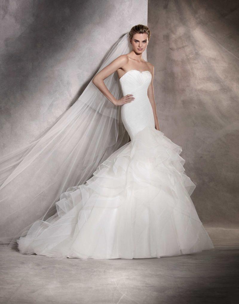 Pronovias 2018 menyasszonyi ruha kollekció: Asha eskövői ruha
