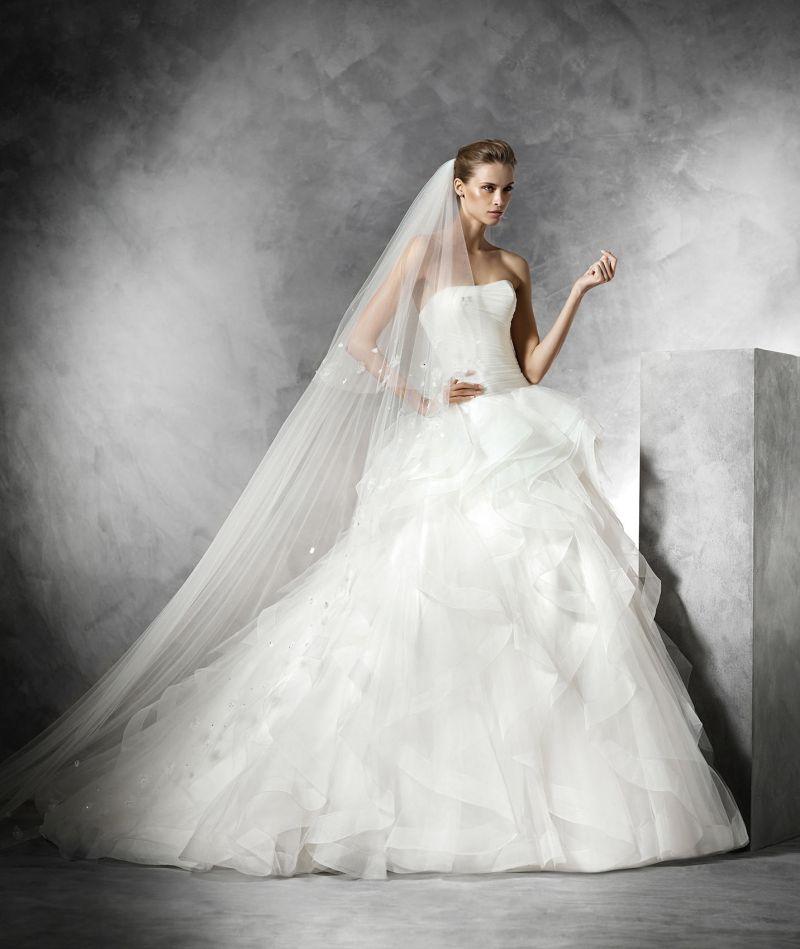Pronovias előfoglalás - La Mariée esküvői ruhaszalon: Belia menyasszonyi ruha
