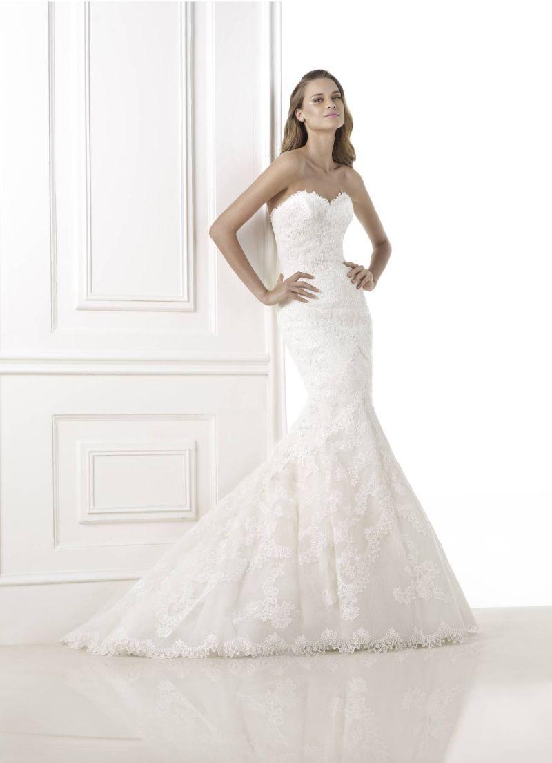 Pronovias előfoglalás - La Mariée esküvői ruhaszalon: Bella eskövői ruha