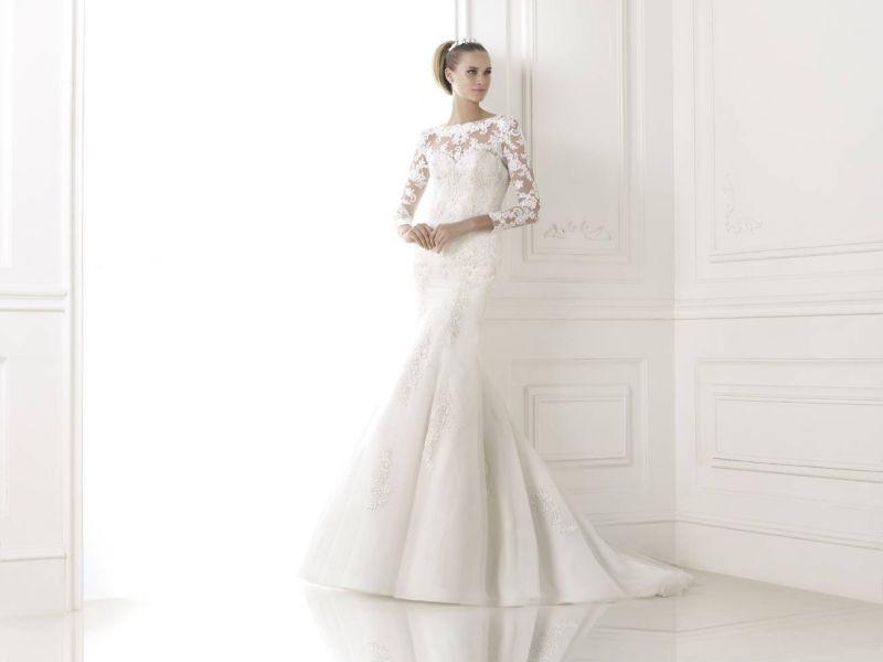Pronovias előfoglalás - La Mariée esküvői ruhaszalon: Boseda menyasszonyi ruha