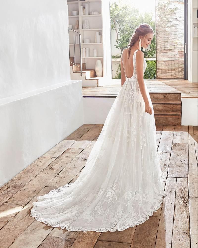 Rosa Clará 2021-es menyasszonyi ruha kollekció vásárlás, bérlés: Camilia eskövői ruha