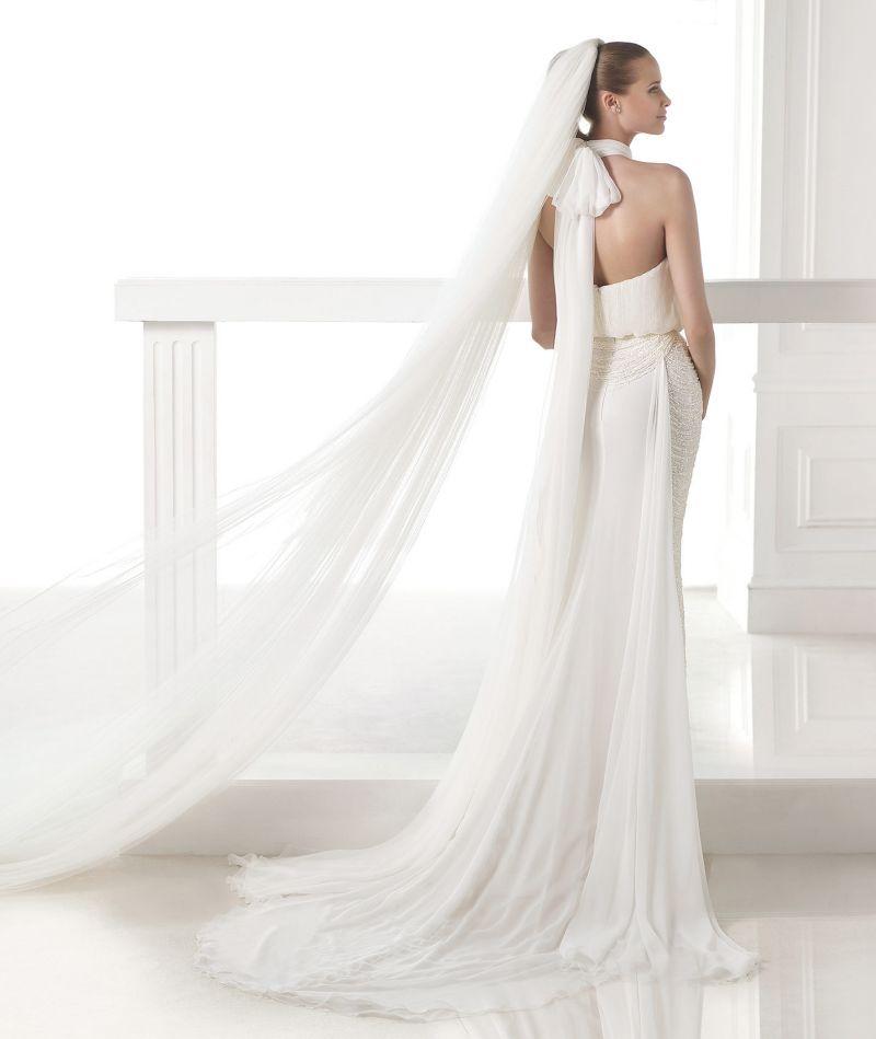 Pronovias Atelier mennyasszonyi ruha kollekció: Ciclamen eskövői ruha
