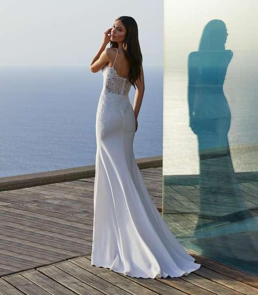 Esküvői ruha bérlés, vásárlás – Pronovias 2021-es kollekció: Clara eskövői ruha