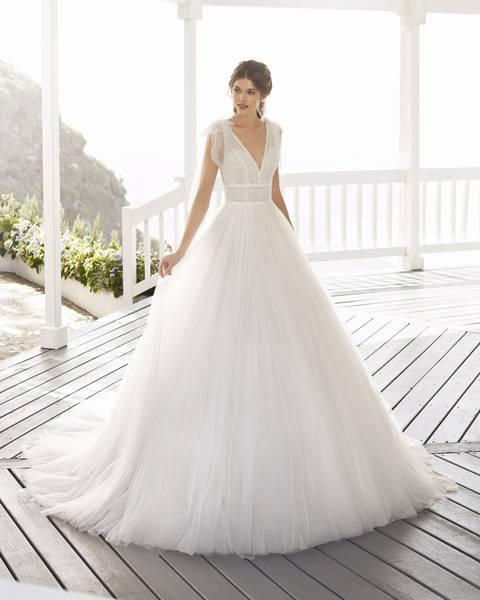 Rosa Clará 2021-es menyasszonyi ruha kollekció vásárlás, bérlés: Croacia menyasszonyi ruha