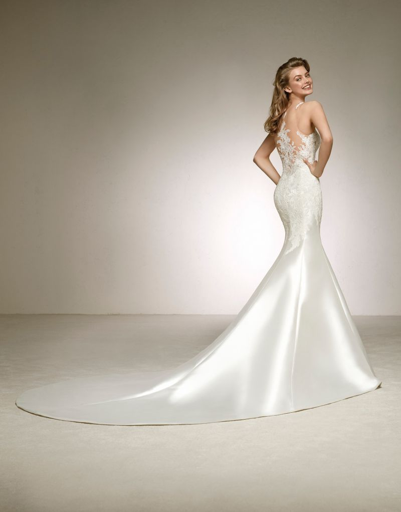 Pronovias 2018 menyasszonyi ruha kollekció: Desca eskövői ruha