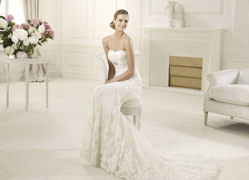 Pronovias előfoglalás - La Mariée esküvői ruhaszalon: Dietrich menyasszonyi ruha