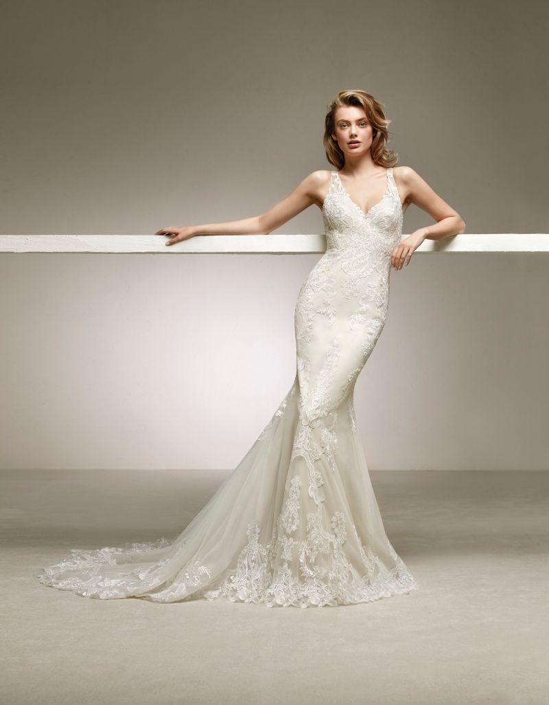 Pronovias 2018 menyasszonyi ruha kollekció: Dogal menyasszonyi ruha