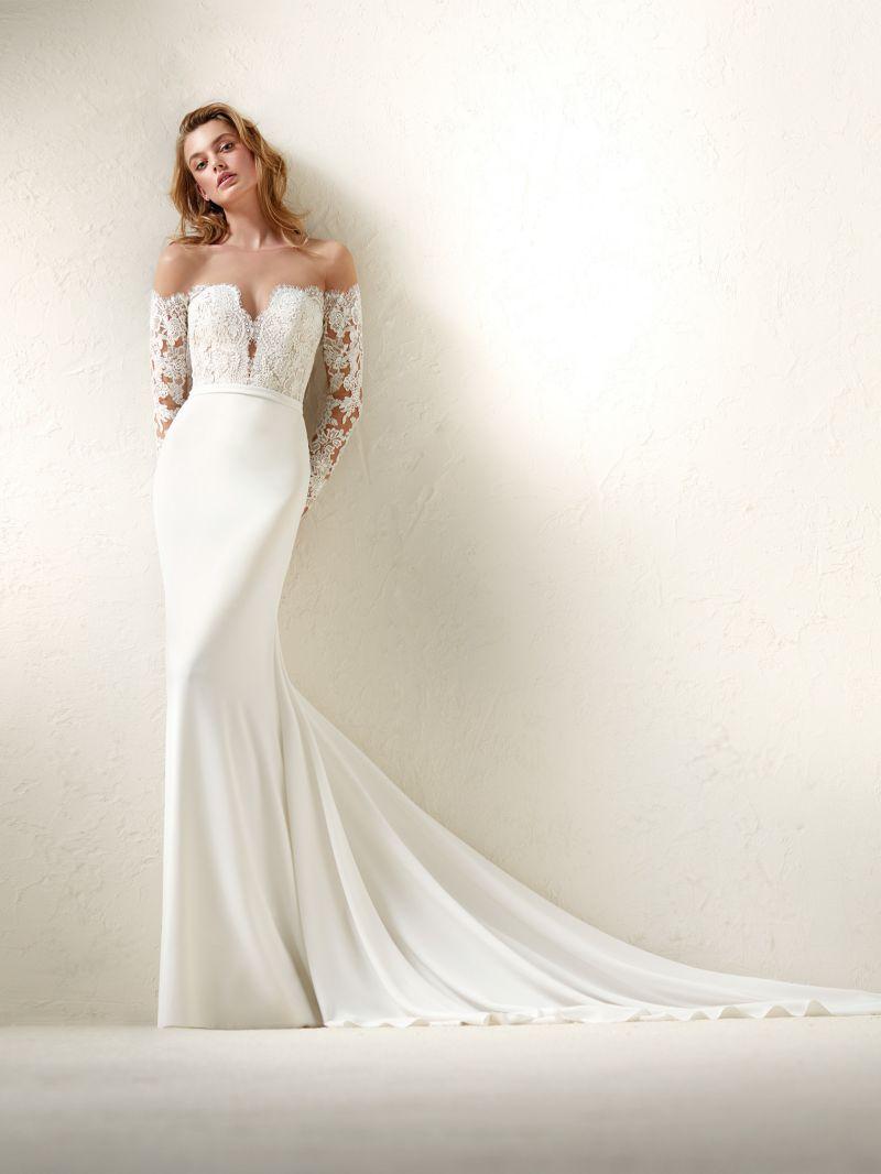 Pronovias 2018 menyasszonyi ruha kollekció: Dracma menyasszonyi ruha