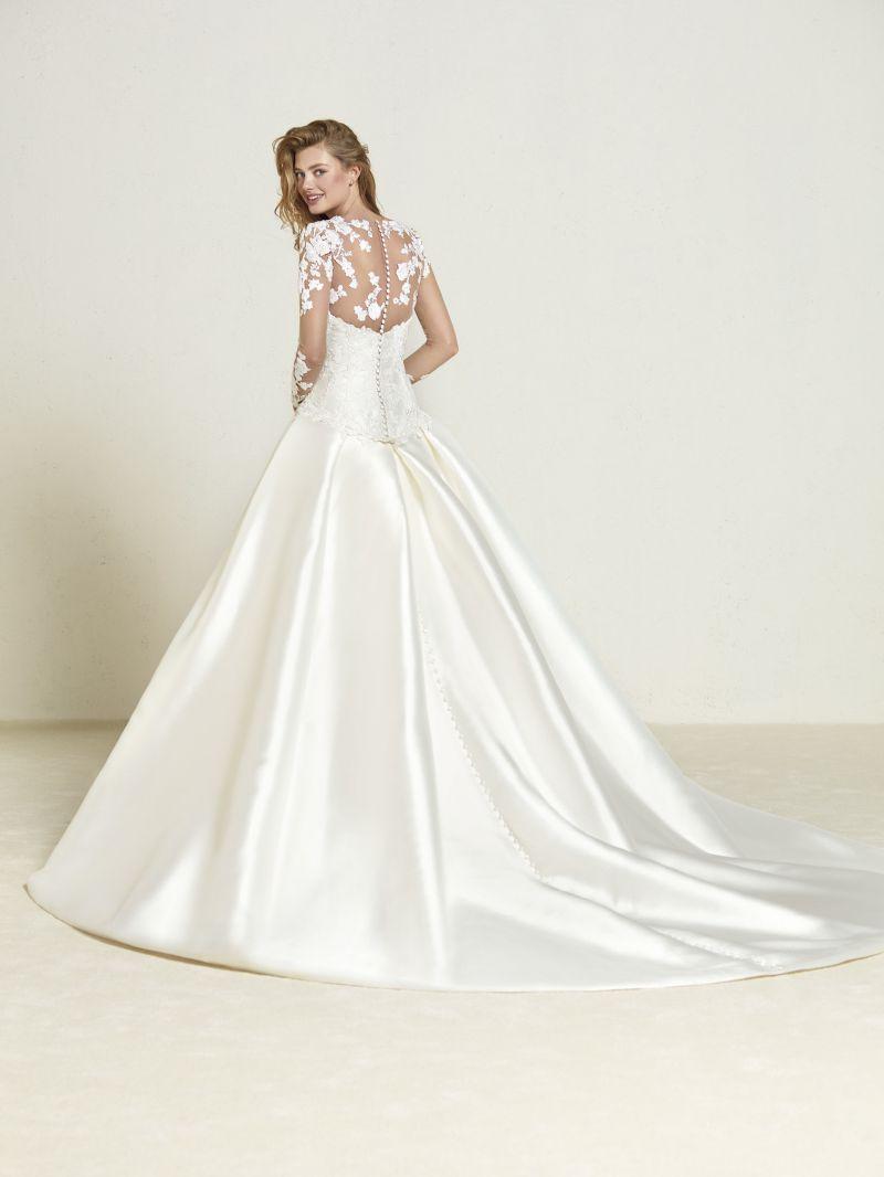 Pronovias 2018 menyasszonyi ruha kollekció: Draline eskövői ruha