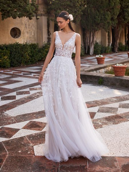 Esküvői ruha bérlés, vásárlás – Pronovias 2021-es kollekció: Elara menyasszonyi ruha