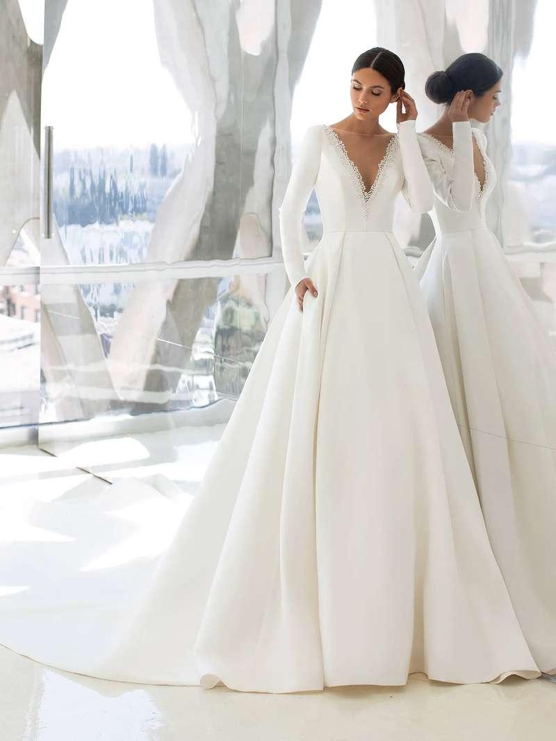 Esküvői ruha bérlés, vásárlás – Pronovias 2021-es kollekció: Hepburn menyasszonyi ruha