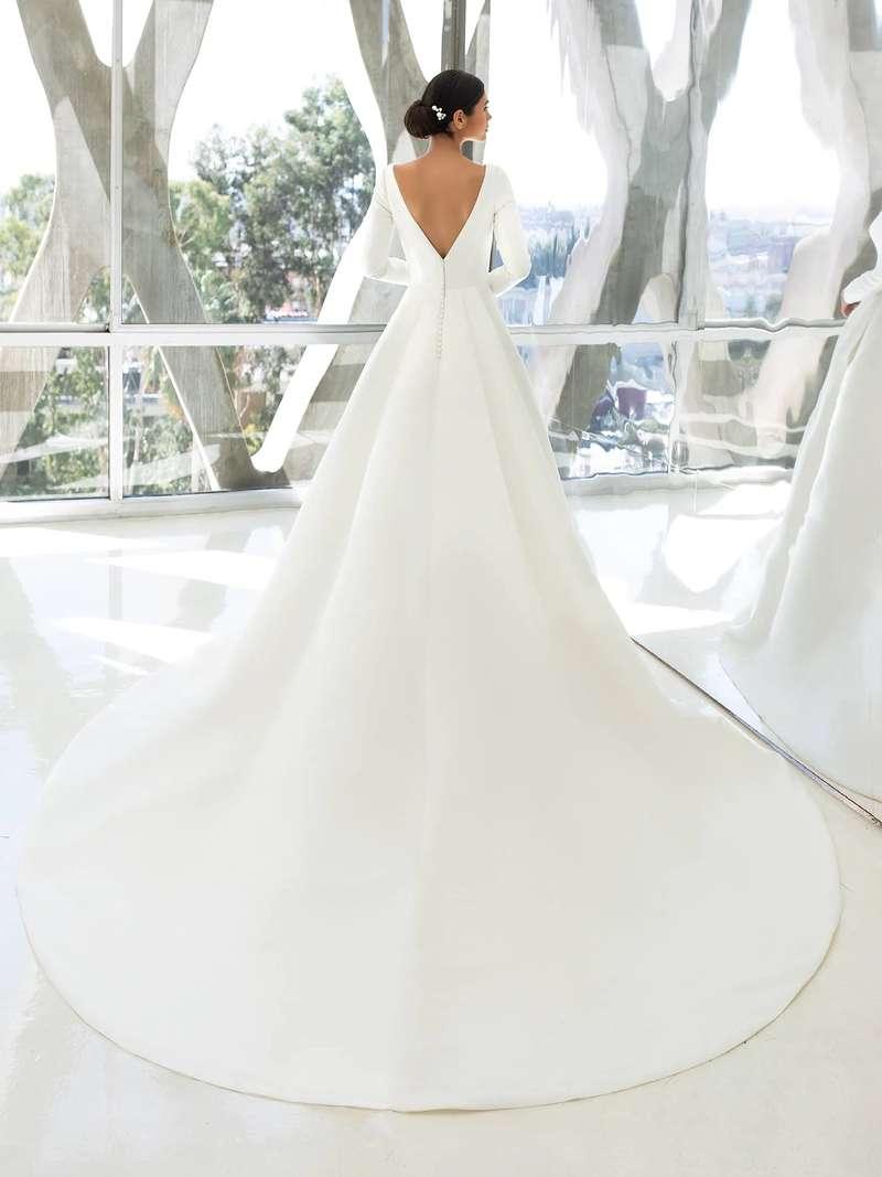 Esküvői ruha bérlés, vásárlás – Pronovias 2021-es kollekció: Hepburn eskövői ruha