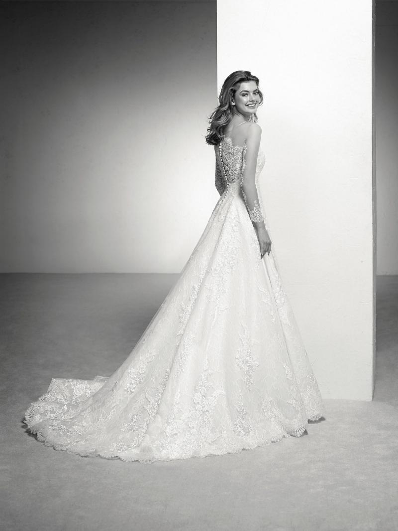 Pronovias 2018 menyasszonyi ruha kollekció: Indiana eskövői ruha