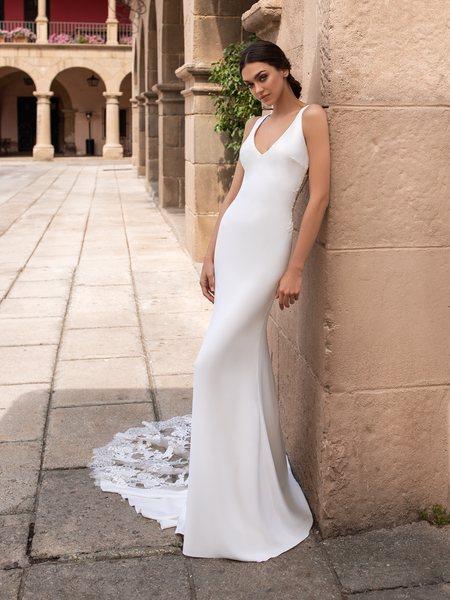 Esküvői ruha bérlés, vásárlás – Pronovias 2021-es kollekció: Iocaste menyasszonyi ruha