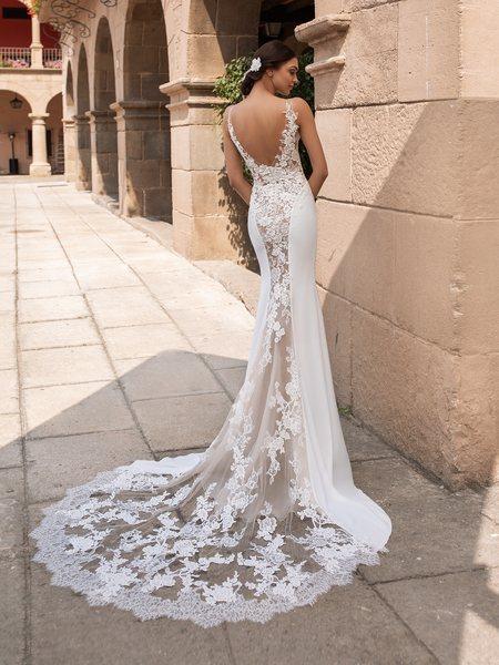 Esküvői ruha bérlés, vásárlás – Pronovias 2021-es kollekció: Iocaste eskövői ruha
