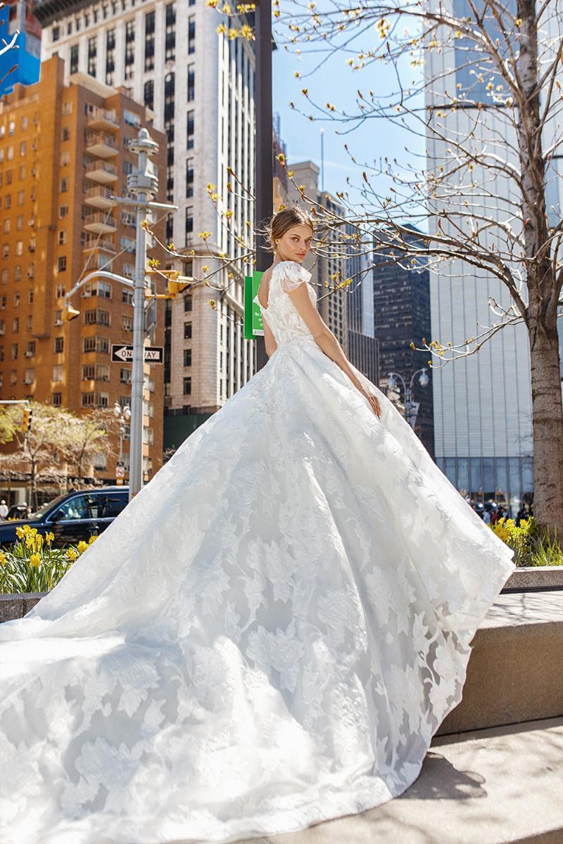 Eva Lendel esküvői ruha kollekció: Jasmin eskövői ruha