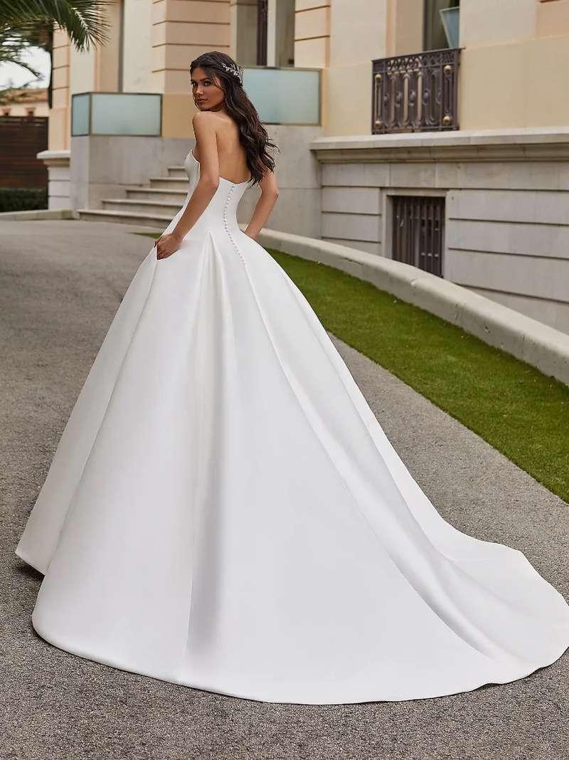 Esküvői ruha bérlés, vásárlás – Pronovias 2021-es kollekció: Jory eskövői ruha