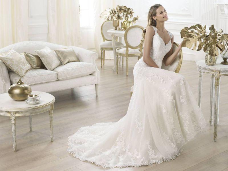 Pronovias előfoglalás - La Mariée esküvői ruhaszalon: Laren menyasszonyi ruha
