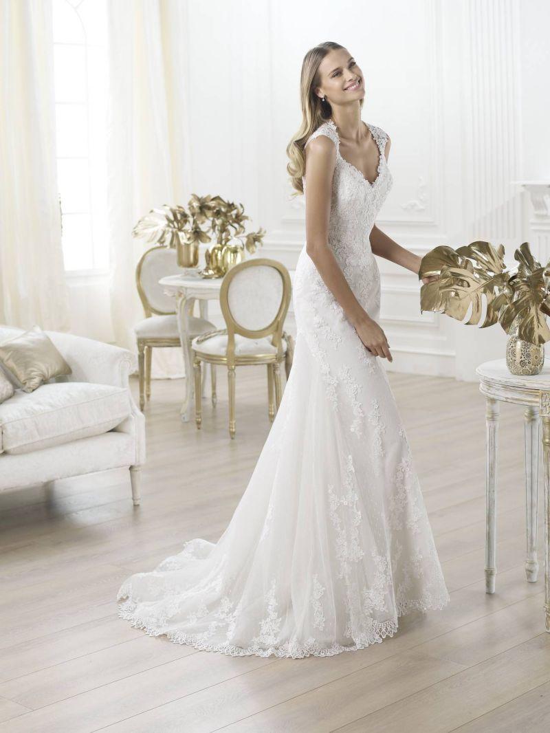 Pronovias előfoglalás - La Mariée esküvői ruhaszalon: Laren eskövői ruha