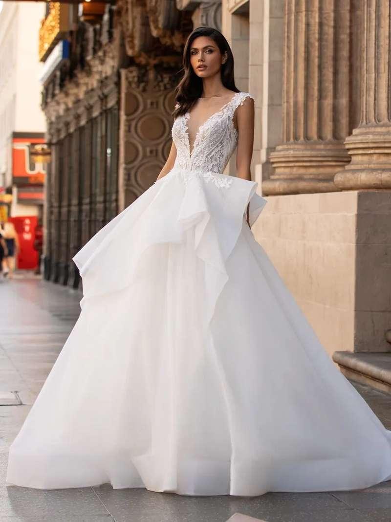 Esküvői ruha bérlés, vásárlás – Pronovias 2021-es kollekció: Lollobrigida eskövői ruha