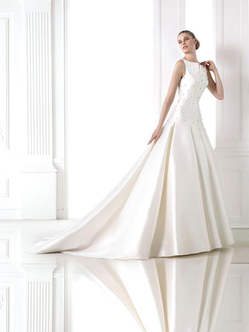 Pronovias előfoglalás - La Mariée esküvői ruhaszalon: Maiara eskövői ruha