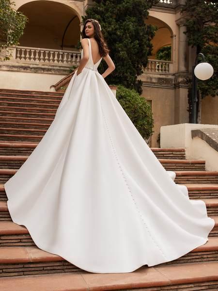 Esküvői ruha bérlés, vásárlás – Pronovias 2021-es kollekció: Malena eskövői ruha